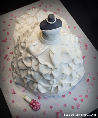 """Wedding Gown Cakes: """"For A Classy Bride"""""""